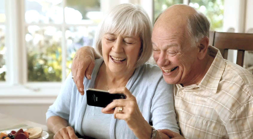 4 Ways Tech is Helping Seniors & Caregivers